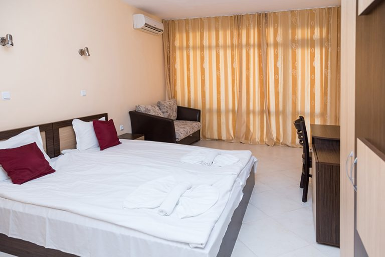 St_Valentine_double_room_standard1
